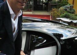 Milionarul din umbră! El este cel care conduce cea mai scumpă mașină în România! Costă 4 milioane de euro