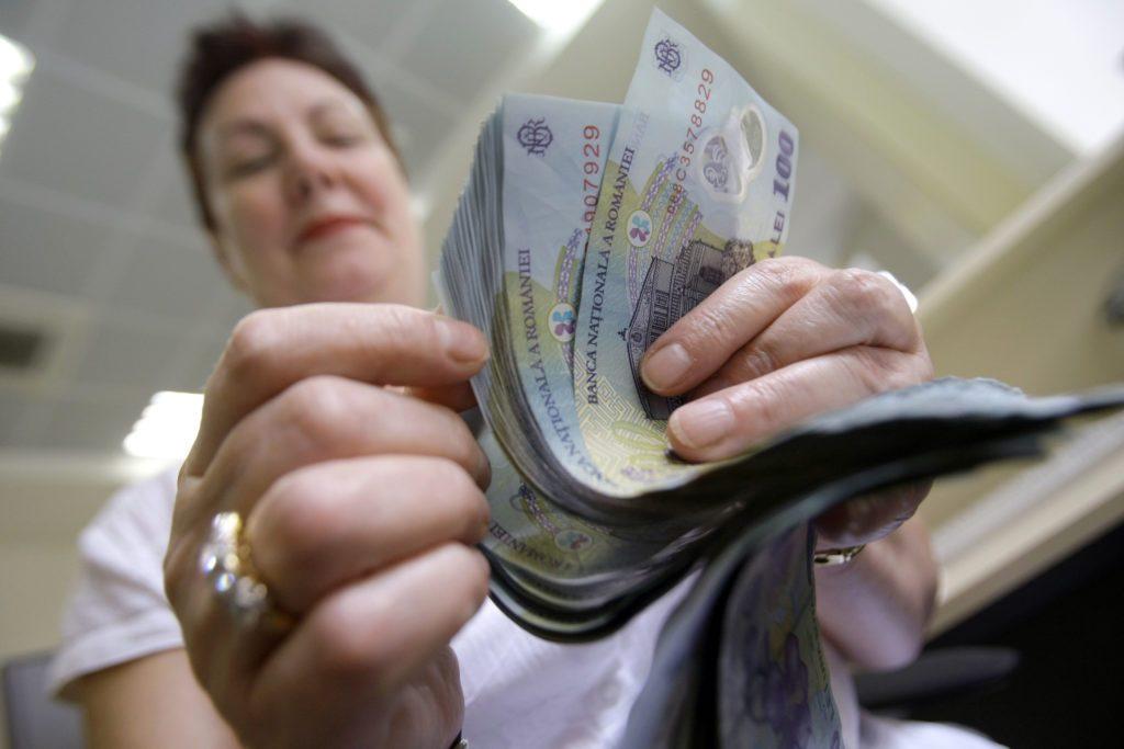 Premieră în România! UE dă bani grei românilor deștepți! Cum poți intra în posesia sumelor