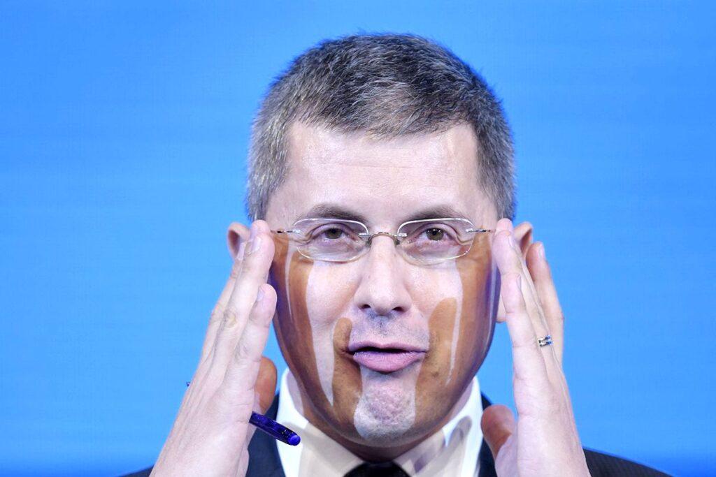 """Atac ireal! Un lider PSD și Barna, actori în """"Frăția"""".  Este invocat Dumnezeu!"""