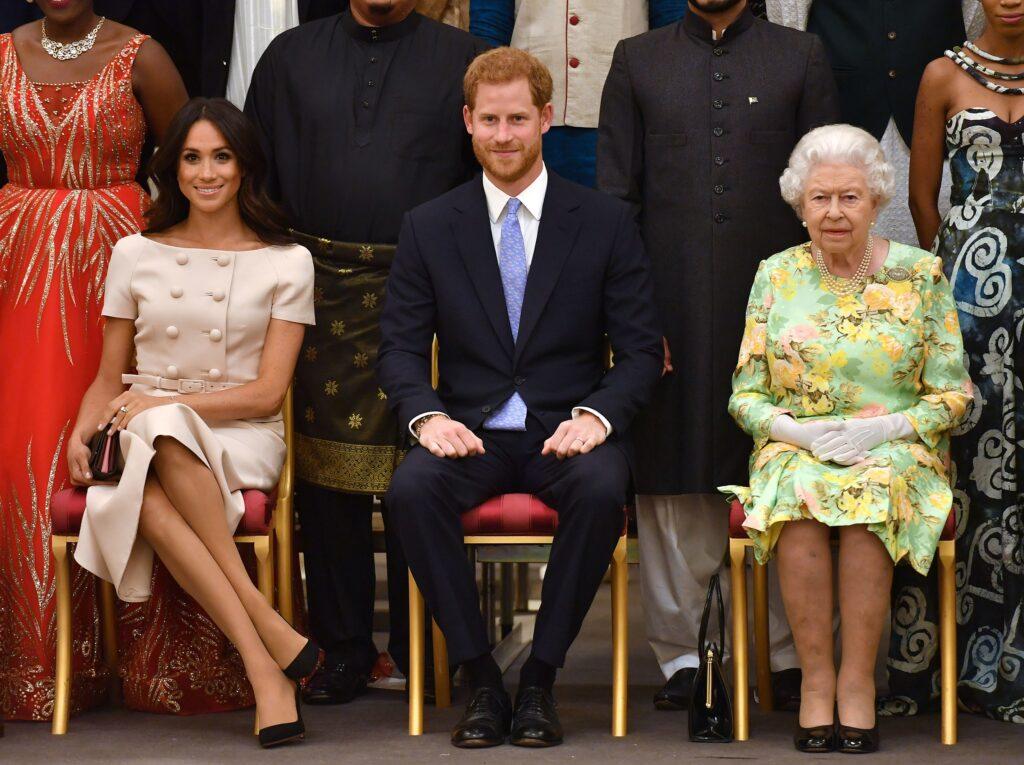 """Scandal la Casa Regală! Meghan declară război Reginei: """"Sângele apă nu se face!"""""""