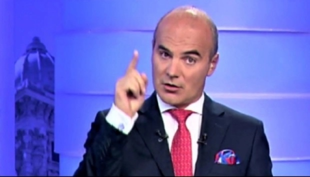 Rareș Bogdan face dezvăluirea serii! Cine l-a pozat pe Orban? Avertisment pentru premier