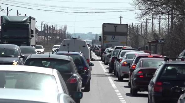 Surpriză totală pentru toți șoferii din România. Pot lua oricând amendă. Documentul pe care trebuie obligatoriu să îl ai la tine