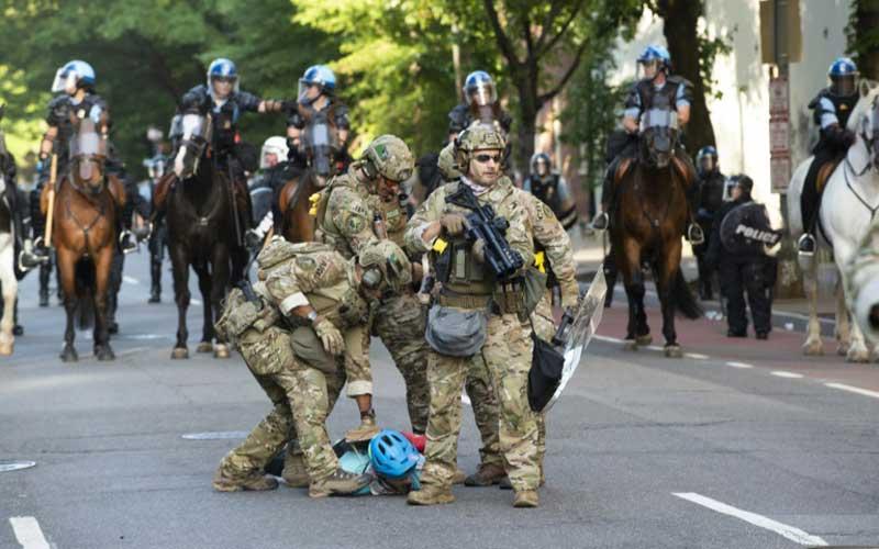 Vine războiul!? Pentagonul a mobilizat trupele. E haos în SUA