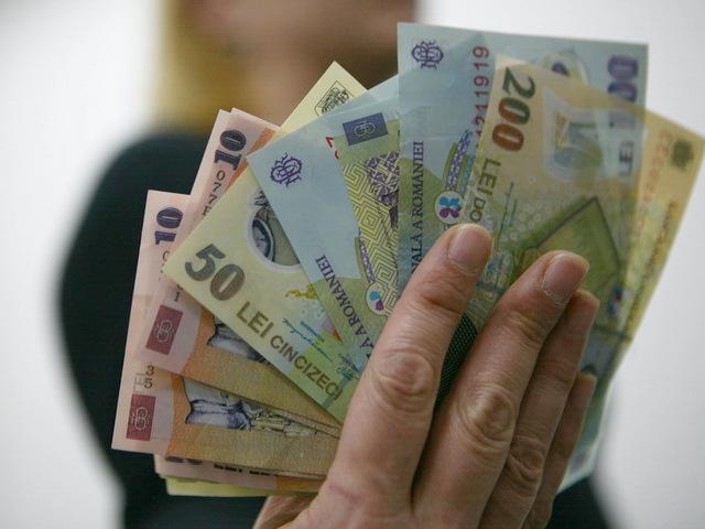 Pensiile, tăiate drastic! Șoc total pentru mii de români. Cine ar putea fi afectat