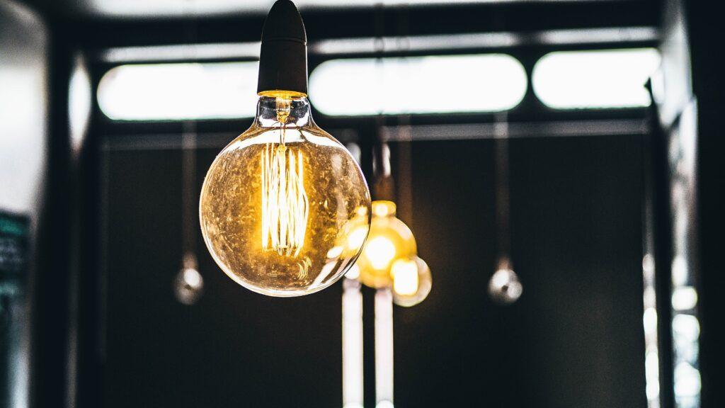 România exportă energie! Consumul a depășit 9.000 de MW în aceste zile, din cauza frigului