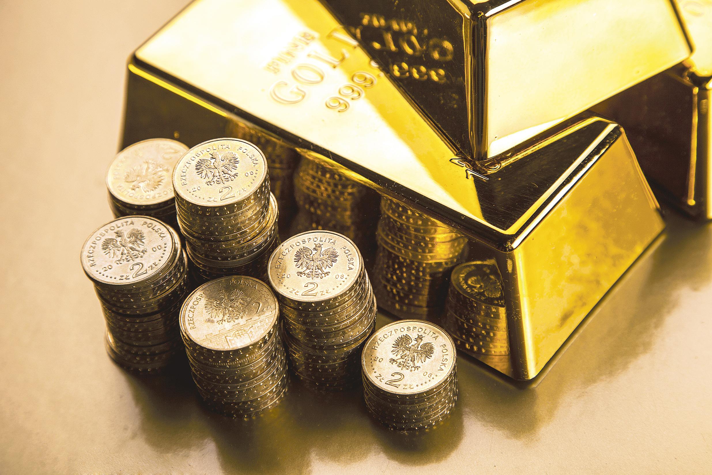 Două bănci străine au obţinut pentru prima dată licenţe pentru importul aurului în China