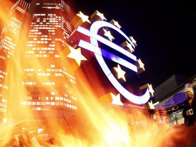 """Banca Națională a Austriei: """"Criza datoriilor trece calmul de dinainte de furtună"""""""
