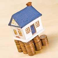 Bani mulţi şi riscuri pe măsură în imobiliare