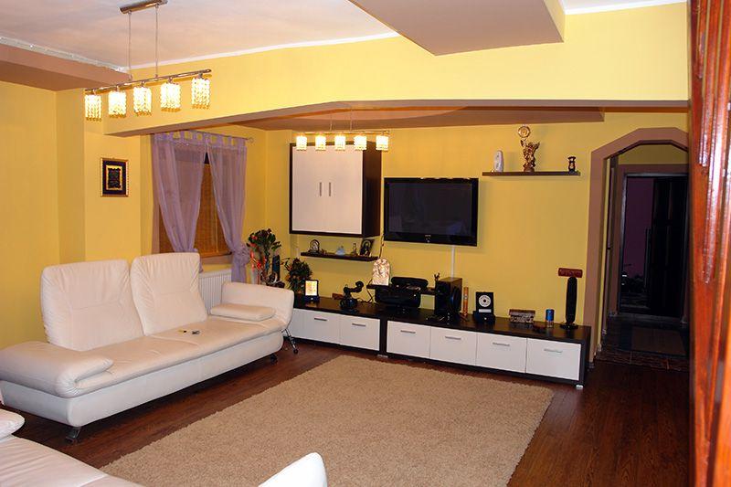 Imobiliare.ro: 30.000 de euro pentru un apartament cu trei camere de pe piaţa locuinţelor executate silit