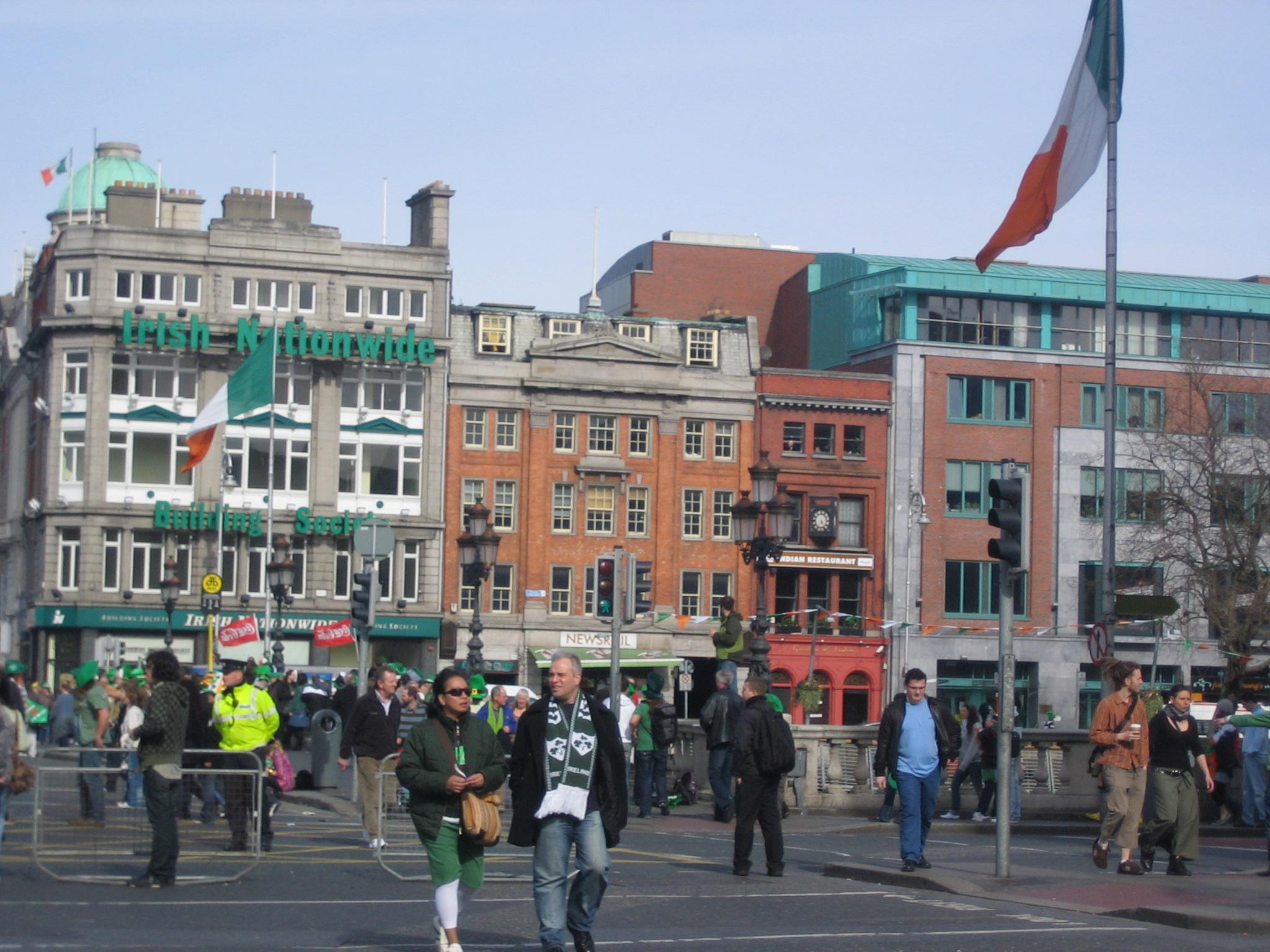 Criza a tăiat prețurile la hotelurile și restaurantele din Irlanda