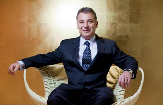 Tranzacție îndeplinită. Cel mai bogat român primește astăzi 1,5 miliarde de dolari