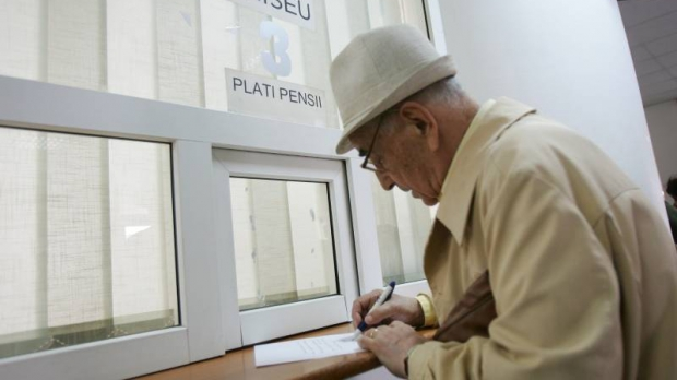CEC plătește astăzi pensiile aferente lunii aprilie