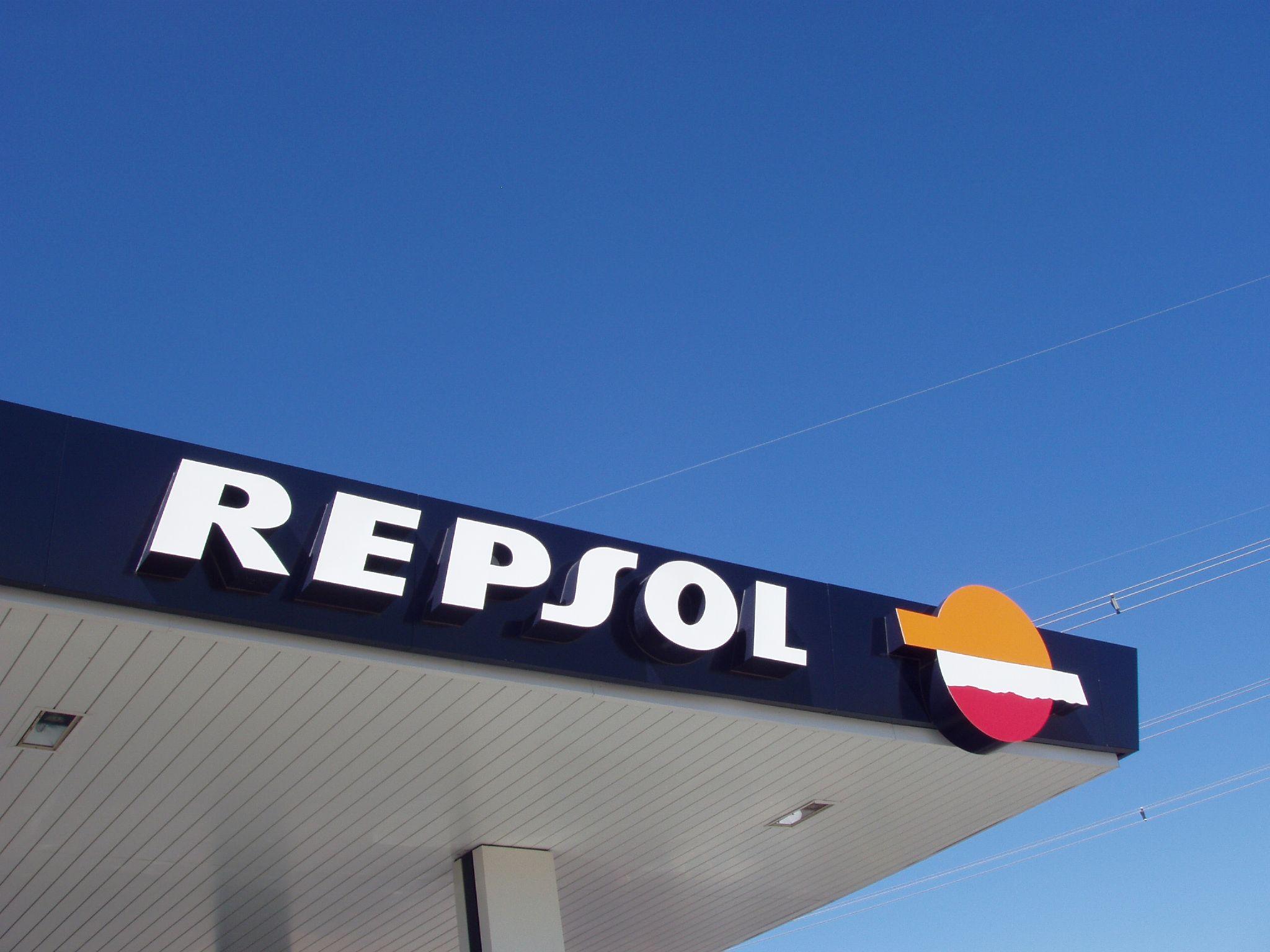 Argentina extinde naţionalizarea filialei Repsol la compania YPF Gaz