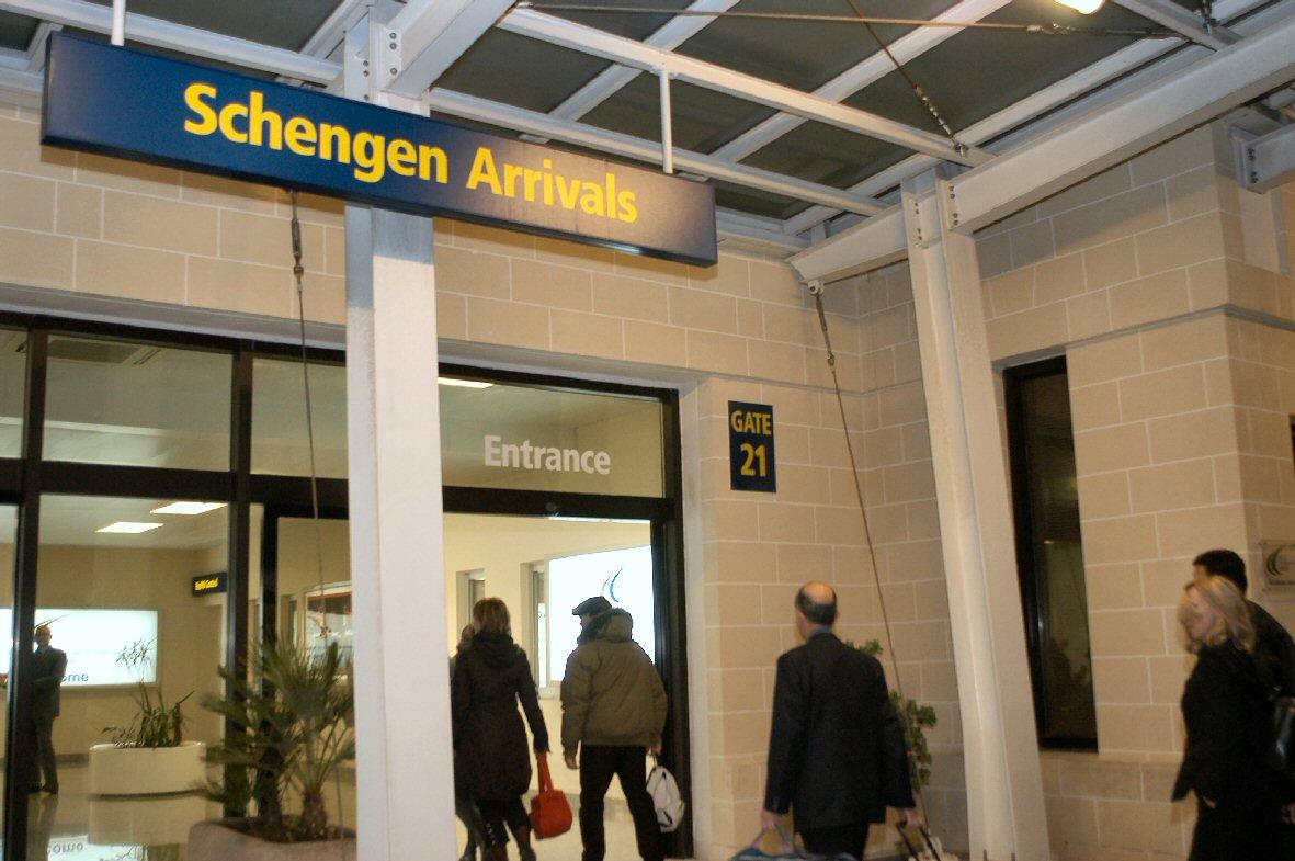Spania tocmai a suspendat Tratatul Schengen. Măsura este temporară
