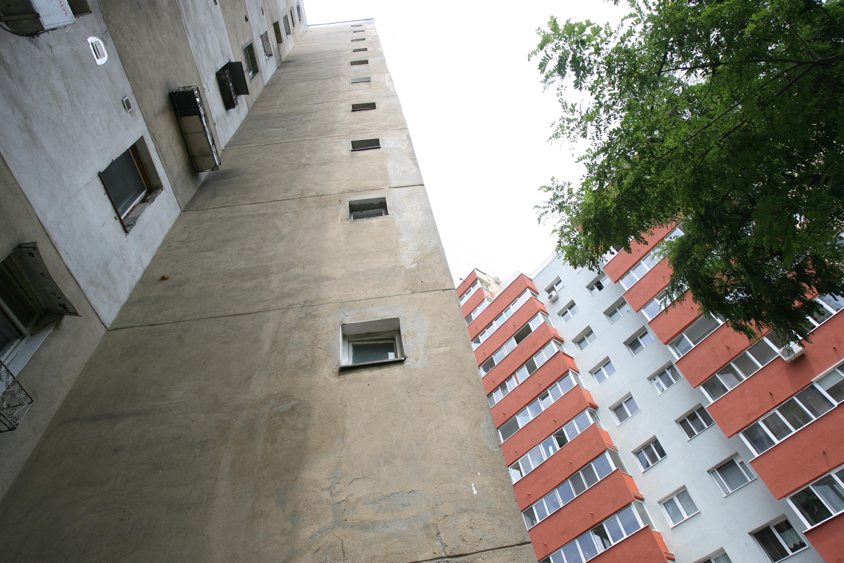Apartamentele de la ultimul etaj şi de la parter, mai ieftine cu până la 11,5%
