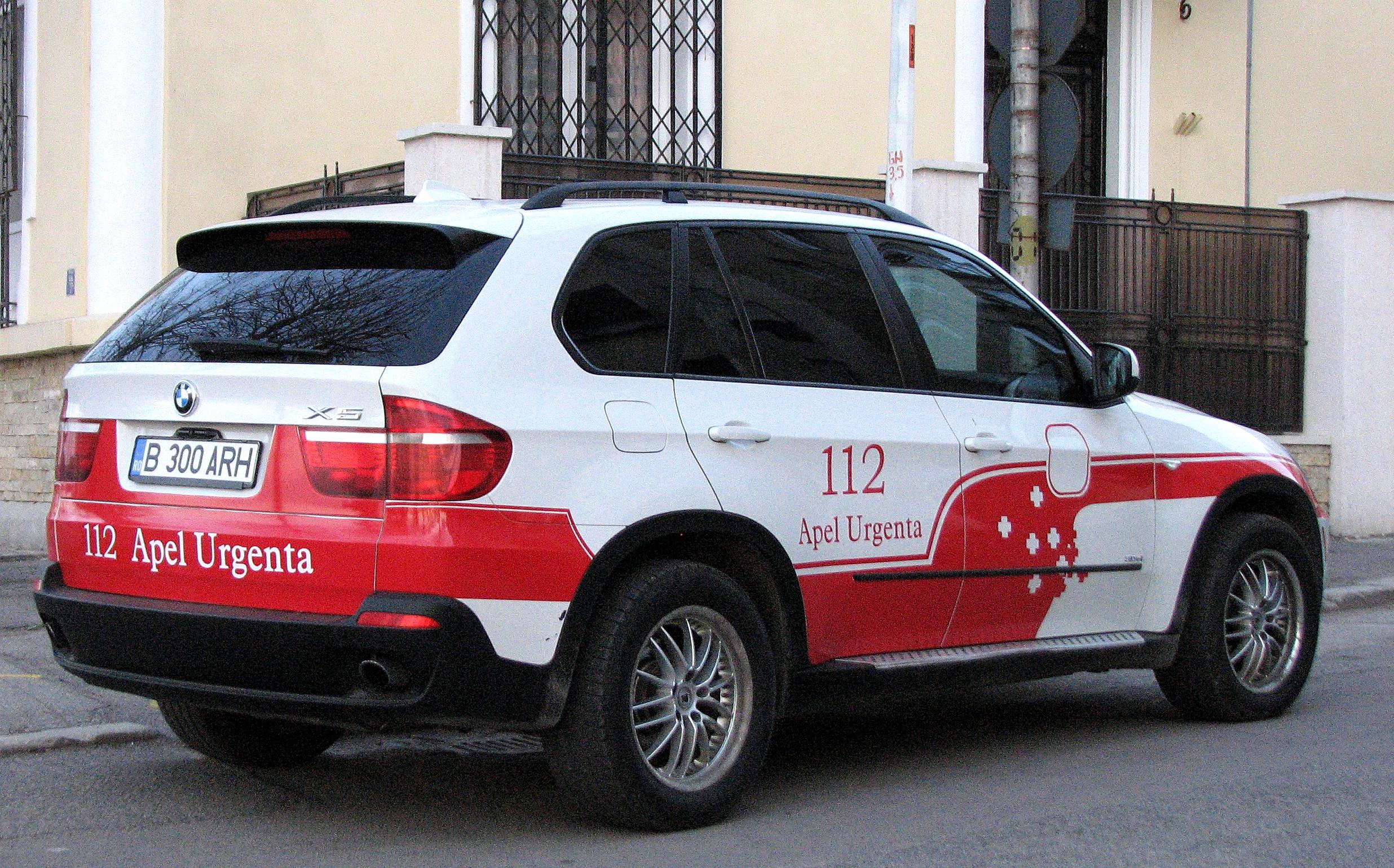 Arhiepiscopia Tomisului are ambulanţă BMW X5. VEZI aici cum arată!