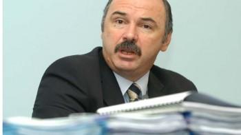 Blănculescu: Guvernul Ponta trebuie să reduca TVA la alimentele de bază şi să scadă CAS