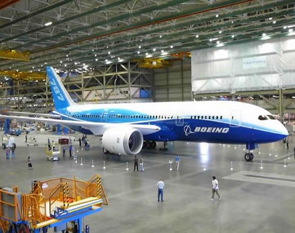 Airbus a primit mai puţine comenzi decât Boeing în primul trimestru
