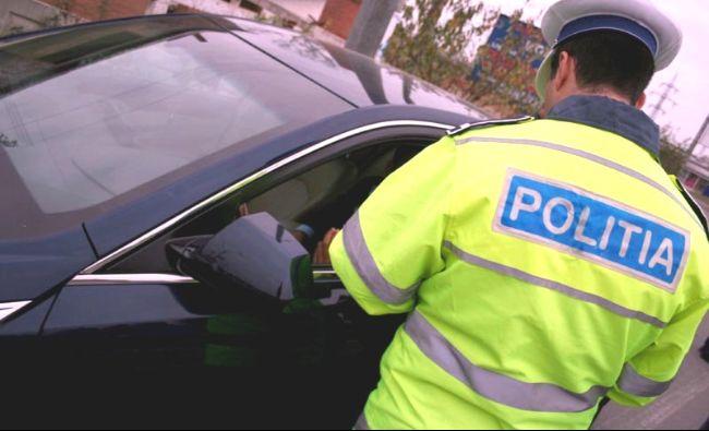 Atenție șoferi! Poliția vine cu precizări importante. Sunt vizați cei care folosesc telefonul