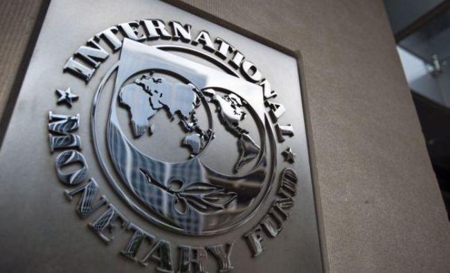 Vești proaste pentru români! O bancă mare a calculat când vine criza: mergem iar la FMI. Primele semne au apărut deja