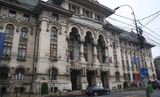 Cutremur financiar fără precedent în România! Se taie în carne vie