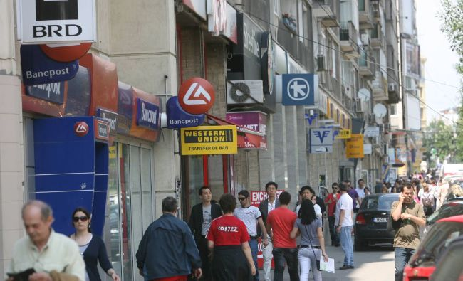 Anunț pentru toți românii care au credite la bănci! Ce li se pregătește
