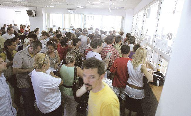 Schimbare majoră la Casa de Pensii. Toți românii trebuie să știe asta! De ce sunt scutiți