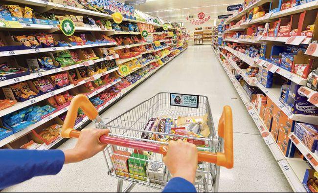 Marile lanțuri de magazine cer anularea taxelor de penalitate pentru ambalaje şi un sistem de colectare garantat de stat