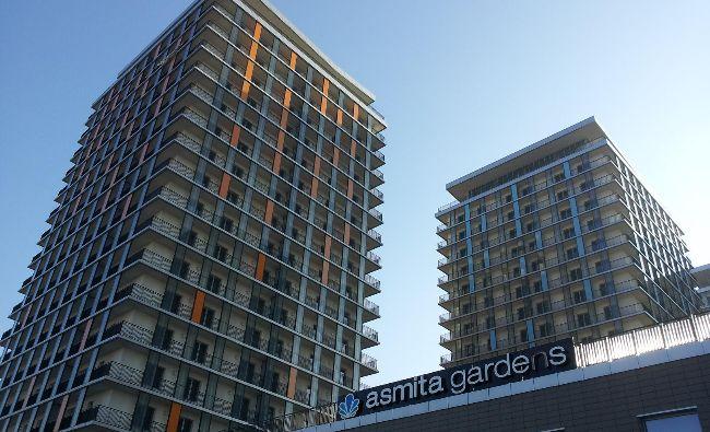 Alpha Bank, pe cale să scape de blocurile cu apartamente executate silit în criză