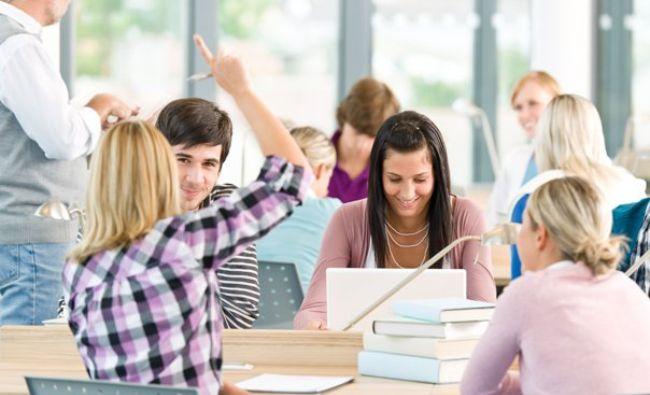 Căminele studențești, izvor de bogăție. Metoda inedită prin care fac bani studenții din campusuri