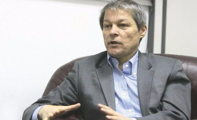 """Ponta îl torpilează pe Cioloș! Vorbește despre dimensiunea """"ciolanului"""" primit de liderul PLUS"""