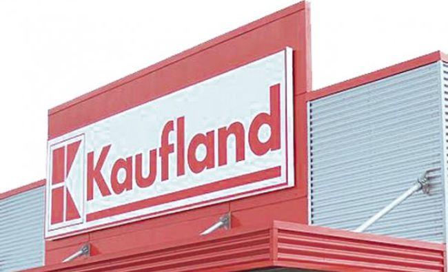 Scenă cutremurătoare la Kaufland! Un șarpe a provocat tensiune maximă. Ce a urmat (FOTO)