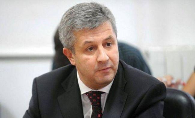 Puțini știu asta: Ce avere are Florin Iordache: Fostul ministru al Justiției are un salariu umilitor comparativ cu soția sa
