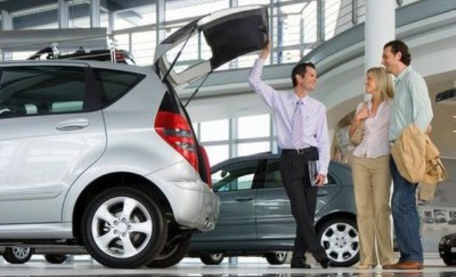 E lege! Ce sunteți obligați să faceți când vindeți mașina