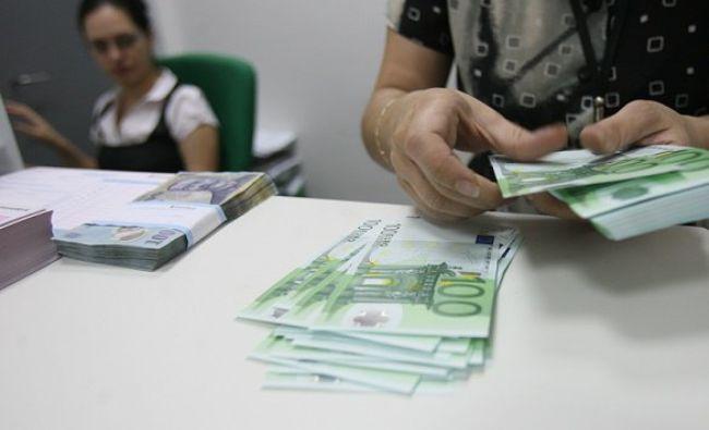 O mare bancă este acuzată de spălare de bani! Ce nereguli s-au găsit