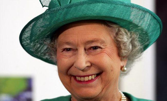 Moment incendiar la Curtea Angliei. Unde a ajuns să doarmă Regina din cauza unor servitoare