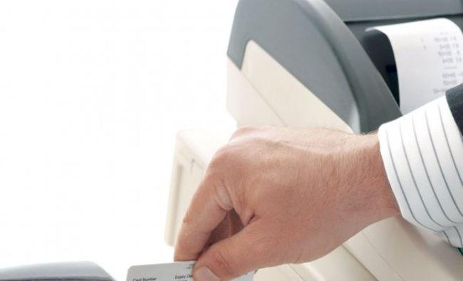 Atenție mare! Cum și de ce vor Visa și Mastercard să modifice comisioanele