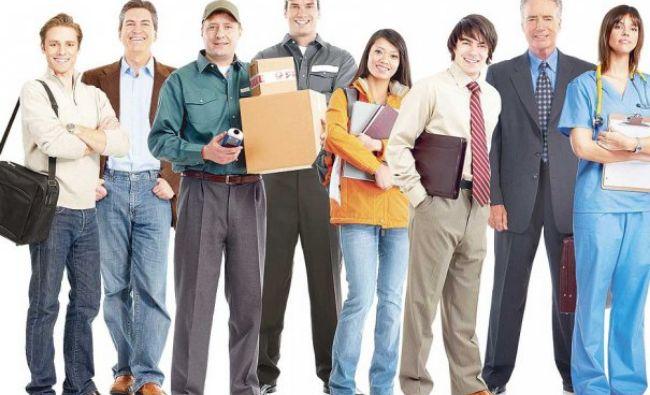 Tot mai mulţi români aplică pentru un nou loc de muncă! Acestea sunt cele mai căutate joburi