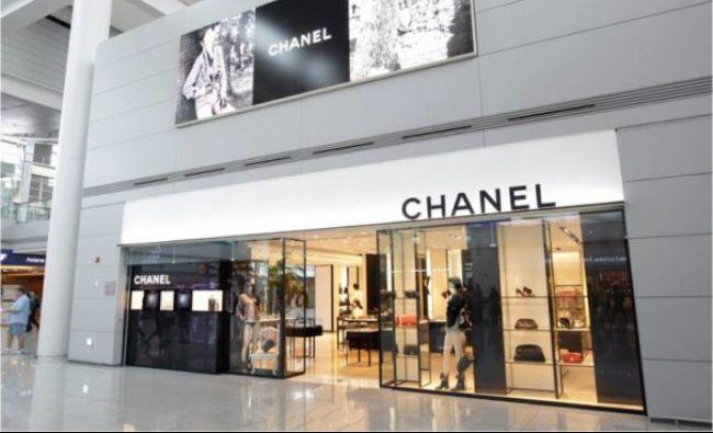 Celebrul brand de lux Chanel, schimbare neașteptată! Ce decizie a luat celebra casă de modă