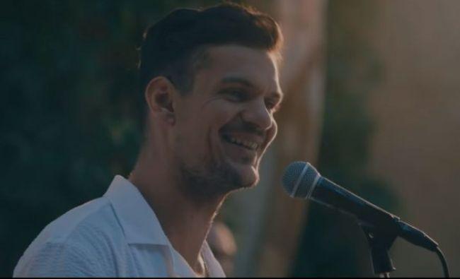 VIDEO Înaintea mitingului diasporei Tudor Chirilă a lansat o melodie dedicată românilor din afara țării