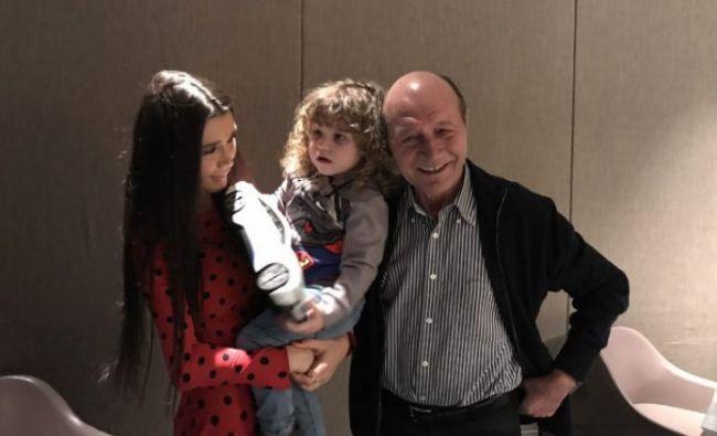 Alertă în PMP! Traian Băsescu a demisionat. Cine îi ia locul