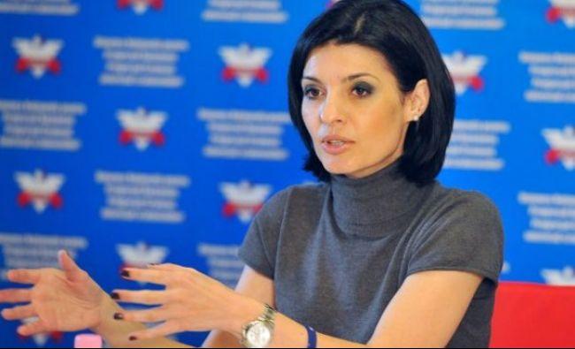 SCANDAL uriaș la TVR și Radio România! Suma astronomică pe care o încasează Lavinia Șandru DIN BANI PUBLICI pentru 30 de minute! Cum ar fi obținut contractul! Și angajații RRA rup tăcerea!