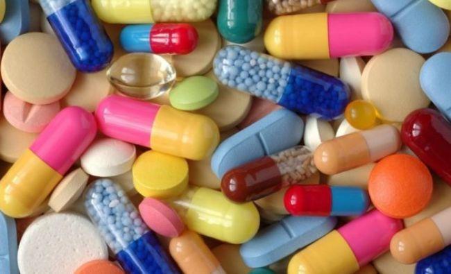 Medicamente: De ce nu este bine să combini aspirina cu paracetamolul. Care este efectul