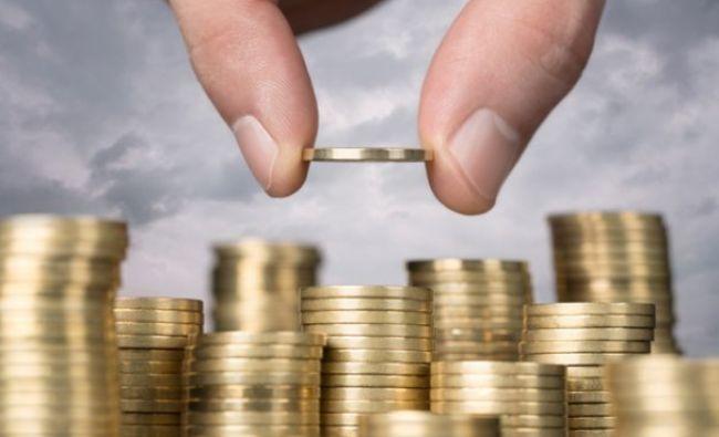 Sute de mii de români vor primi bani lunar! Decizia se ia săptămâna viitoare