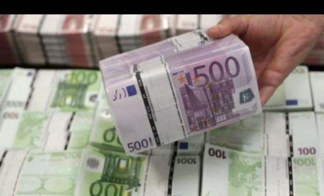 E Oficial. Mii de români vor primi câte 5.000 de euro