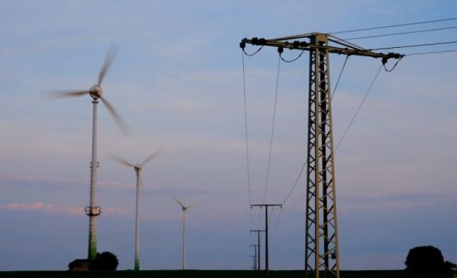 Sistemul energetic național, pus în pericol! România riscă să importe masiv. Rezervele sunt aproape epuizate