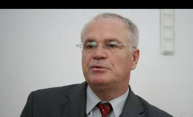 Eugen Nicolicea e în corzi: E incompetent complet