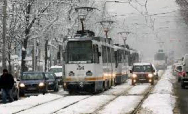 Tramvaiul 41 nu mai circulă. STB a introdus o linie naveta de autobuze