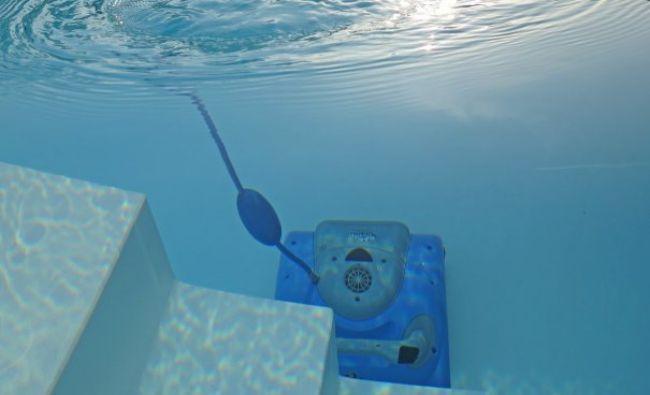 Produse utile pe care le poti folosi pentru curatarea piscinei – Outreach – Hydrospa.ro
