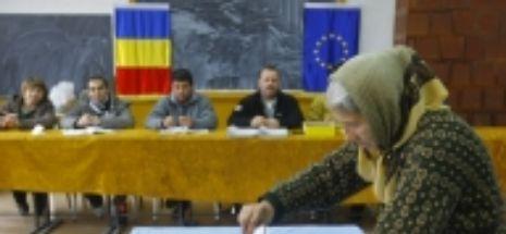 România își alege europarlamentarii! Câți români sunt așteptați la urne. Număr imens de votanți peste hotare